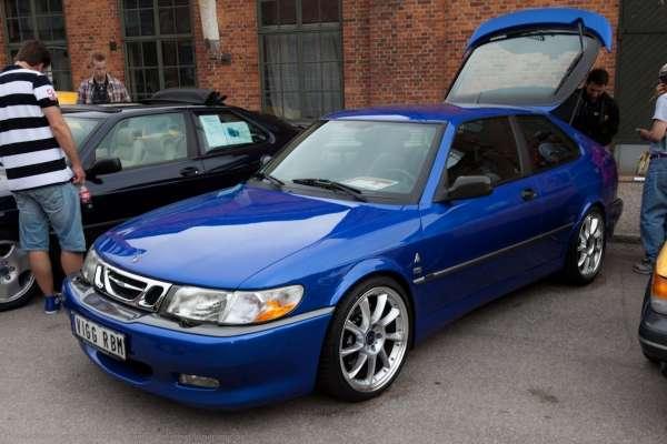 E O on 2000 Saab 9 3 Parts
